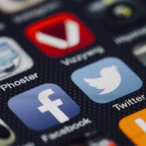 Photo smartphone réseaux sociaux - Inbound Marketing - Tao Sense 2018